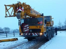 80 Ton Crane on FASTRAK roadway